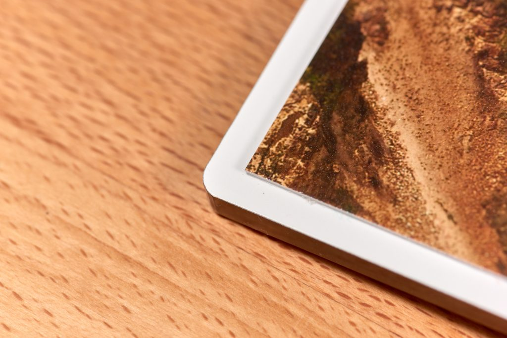 Rückseite des Acrylglas-Covers des Saal Digital Professional Line Fotobuchs